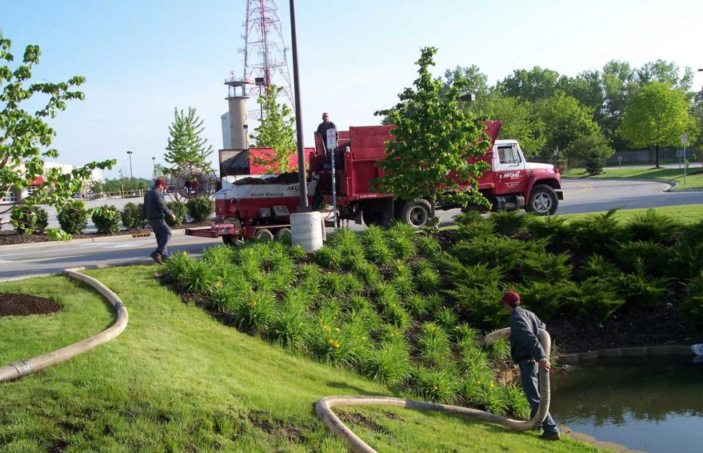 Hawthorn Woods, IL Mulch Blowing Services