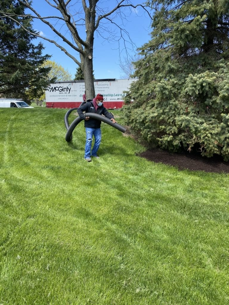 Long Grove, Illinois Mulch Installation
